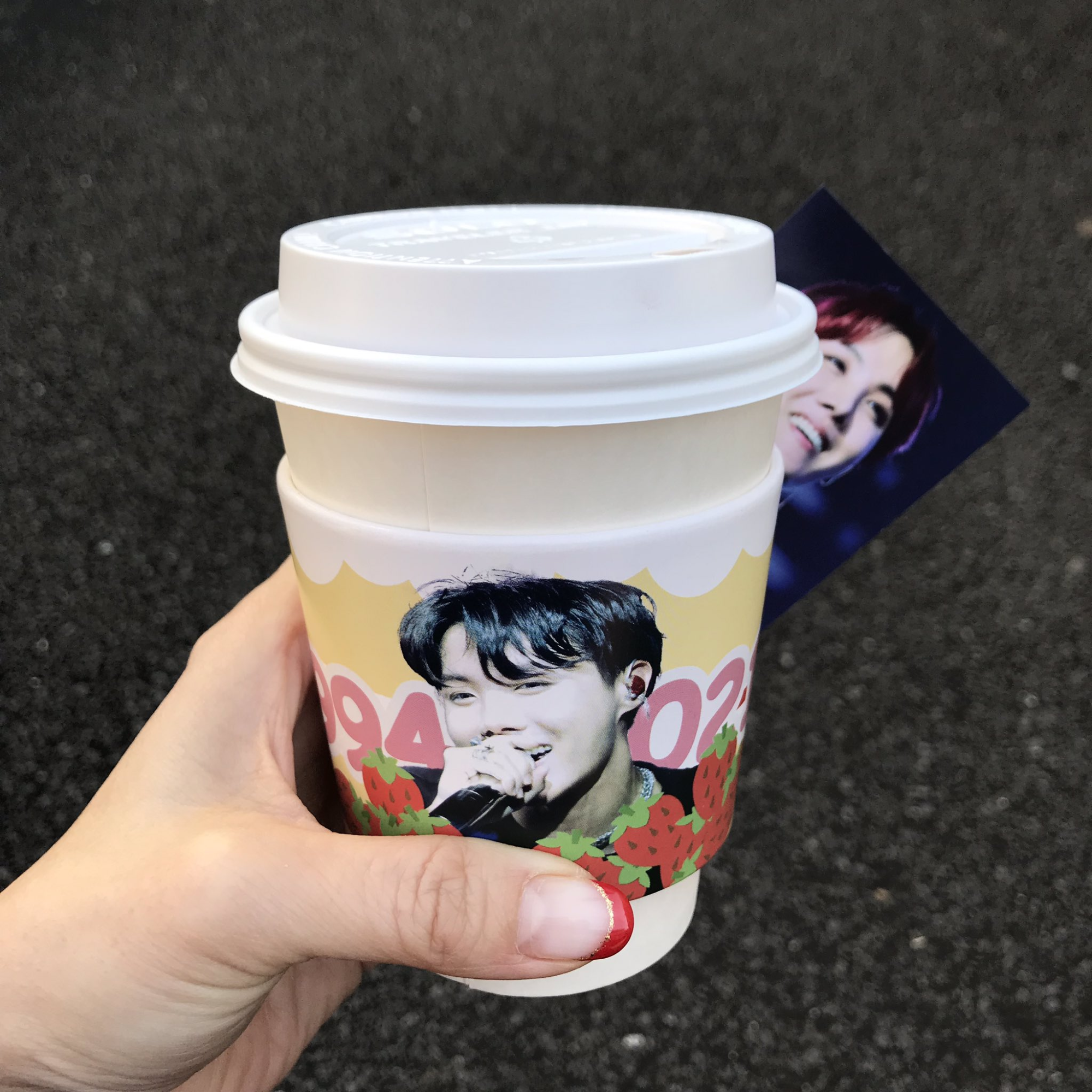 韓国 カップフォルダー 広告